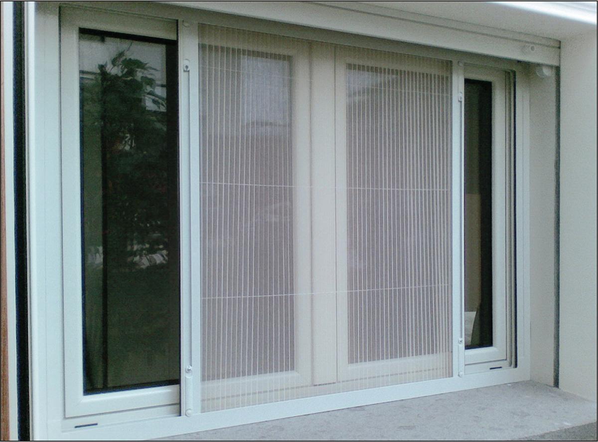 Москитные сетки на окна в Москве